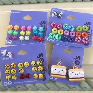 Claire's bundle of earrings